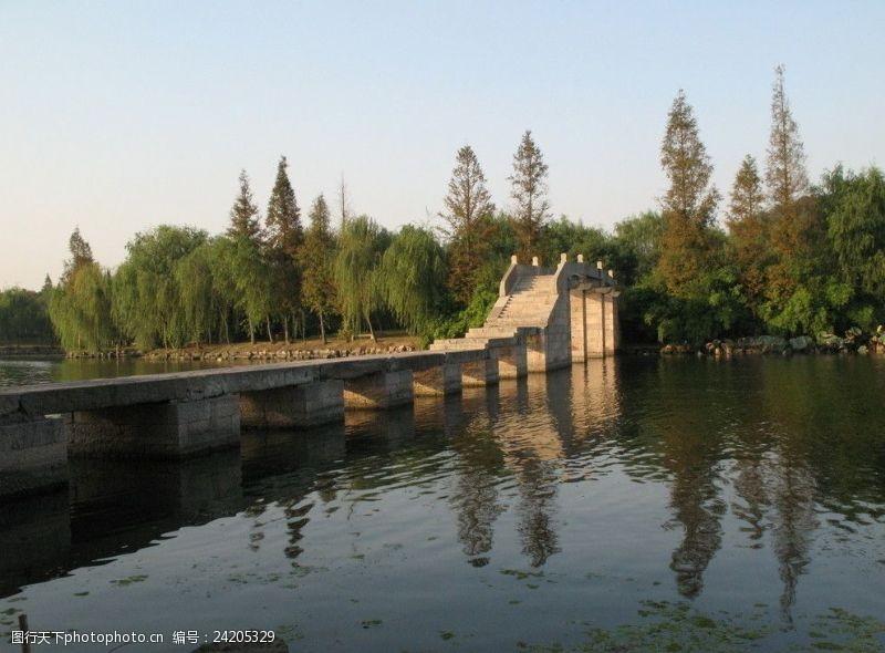 绍兴风景鉴湖石桥